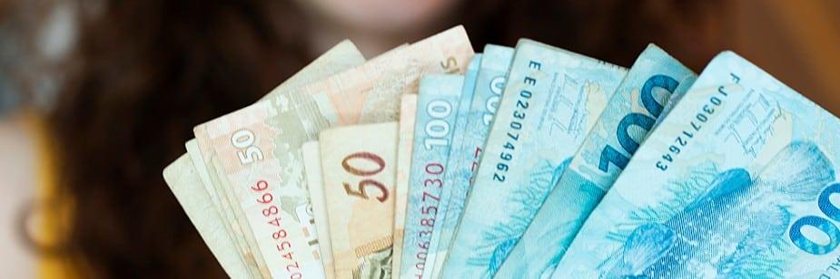 quantoeconomizarpormesparasuareservafinanceiraecomofazelo
